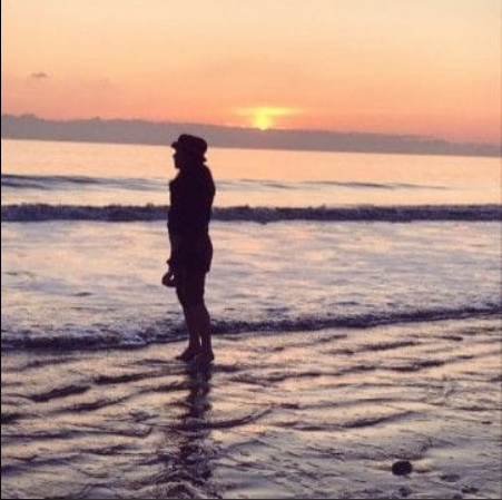 Aline bord de mer coucher de soleil