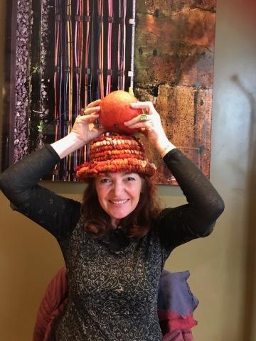 Aline viche 1 chapeau